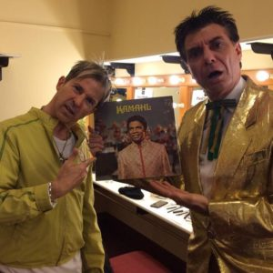 Slight mix up backstage by Maynard, holding Kamahl album, with Limahl on Totally 80s tour.