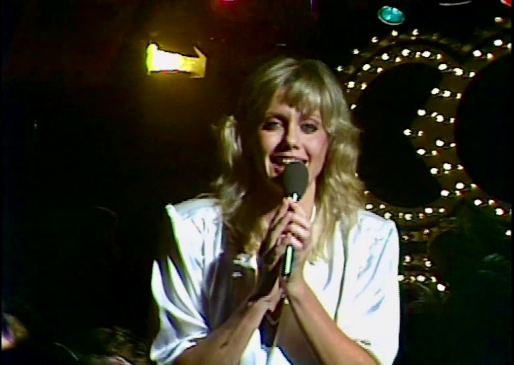 Olivia Newton John sings Xanadu on Countdown 1980